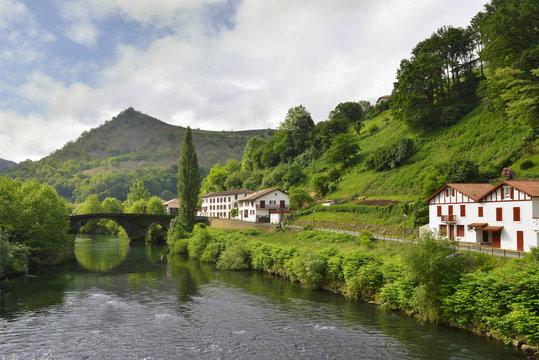Sur la Nive aux pieds de Bidarray, Pays Basque