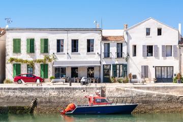 ILE DE RE (France), le port de Saint-Martin