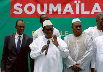 Soumaila Cisse, leader of opposition party URD (Union for the Republic and Democracy), addresses his supporters during a rally in Bamako, ahead of the second round of Mali's presidential election