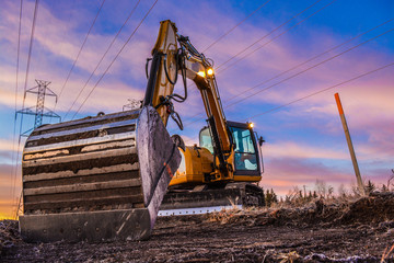 Excavator Powerlines