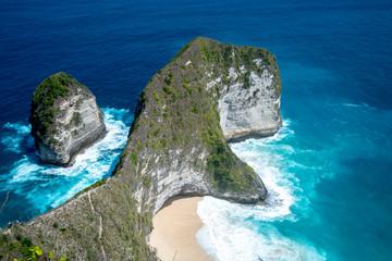 Obraz Top view of Karang Dawa bay, Kelingking beach. Nusa Penida Island - fototapety do salonu