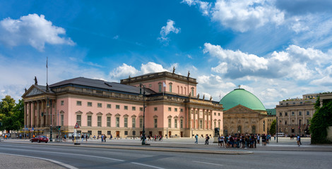 Photo sur Plexiglas Opera, Theatre Staatsoper unter den Linden in Berlin