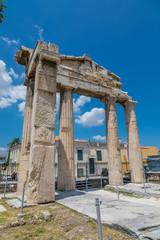 Porte d'Athéna Archégète, Agora romaine à Athènes