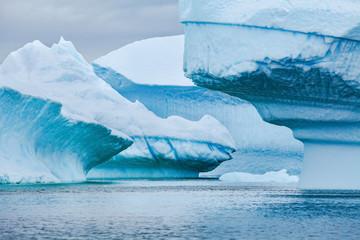 Foto auf Gartenposter Antarktika blue icebergs landscape, ice in Antarctica, beautiful scenic nature