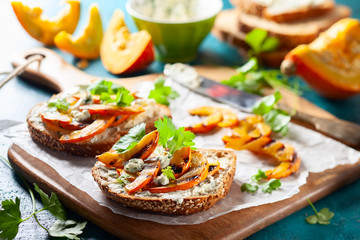 Sandwich with grilled pumpkin