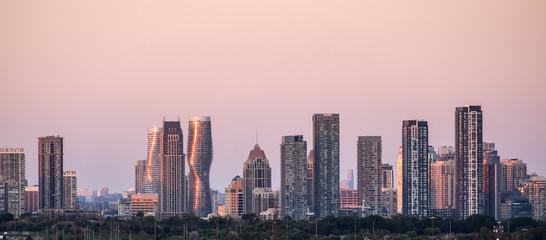 City of Mississauga (near Toronto) Skyline at Sunset Fototapete