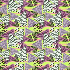 Seamless pattern of triangle memphis geometric background. Childish drawing with punchy pastel colors.