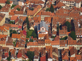 The Neolog synagogue in Brasov and its surroundings, as seen from Tampa