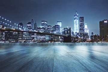Photo sur Aluminium Batiment Urbain Rooftop with night city background