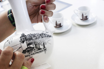 Drawing on porcelain