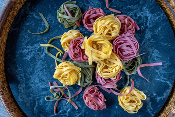Italian Dried tri color noodle nests
