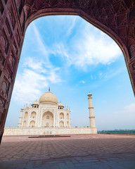 Taj Mahal, an ivory-white marble mausoleum on the south bank of the Yamuna river in Agra, Uttar Pradesh, India. One of the seven wonders of the world.