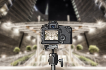 Tripod photography with a modern DSLR, background is blurred
