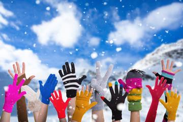 winter hands gloves