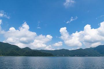 本栖湖(富士五湖)