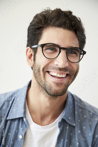 a71ac37c82c Handsome guy in glasses