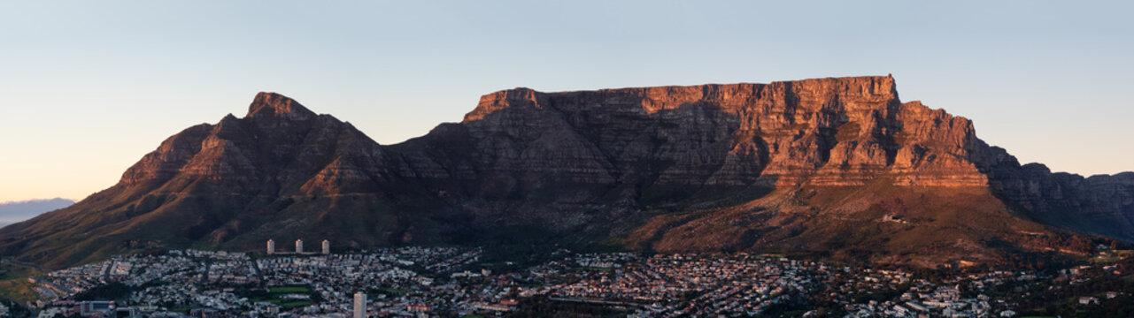 Table Mountain & Devil's Peak Sunrise from Signal Hill