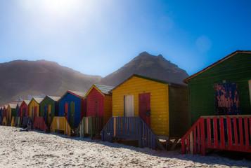 Cabine de plage colorée à Muizenberg Cape Town