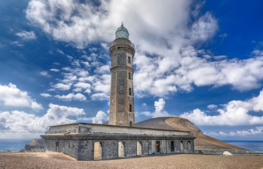 Foto op Canvas Vuurtoren Old Lighthouse of Ponta dos Capelinhos (Faial Island, Azores)