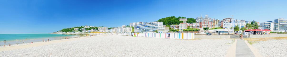 Fotomurales - Le Havre et sa plage en Normandie, France