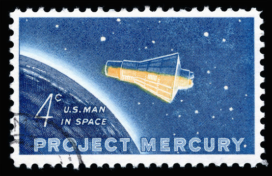 Vintage 1962 United States of America 4 cents cancelled postage stamp showing  Project Mercury space flight