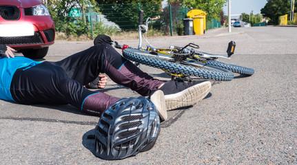 Kollision zwischen Auto und Radfahrer