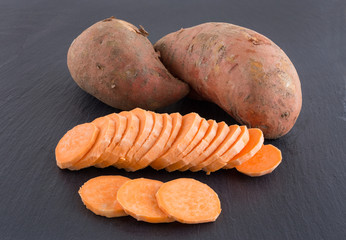 Raw sliced sweet potatoes (Ipomoea batatas)