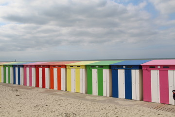 Rainbow cabins Dunkirk