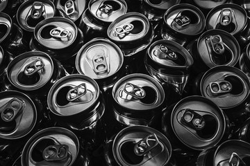 Black and white picture of aluminium can