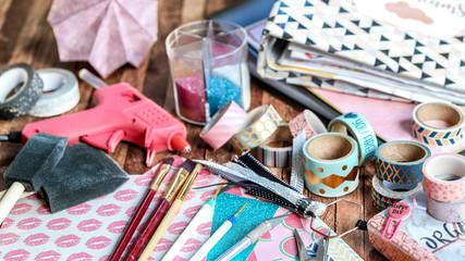 scrapbooking (outils et matériaux)