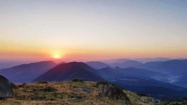 Lever de soleil sur le Couserans (Ariège - Occitanie - France)
