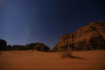 Night sky in Wadi Rum mountain in Jordan