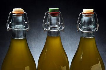 Olio di oliva オリーブオイル Olivno olje оливковое масло