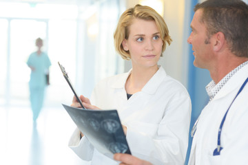 doctors having conversation about the radiology result