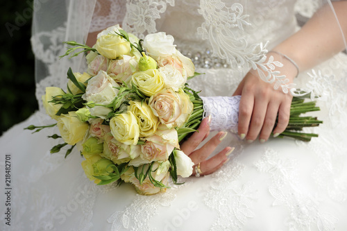 Wedding Dress Body Flowers Fresh Peeling Hands Bridge Relations Couple Lifestyle Roses Rings Men Women White Anniversary Bridal