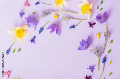 Spring Flowers On Paper Background Stockfotos Und Lizenzfreie