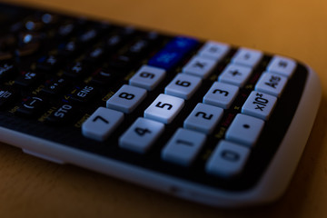Key number five of the keyboard of a scientific calculator