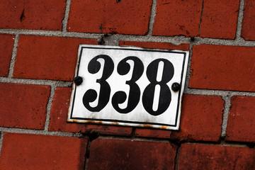 Hausnummer 338