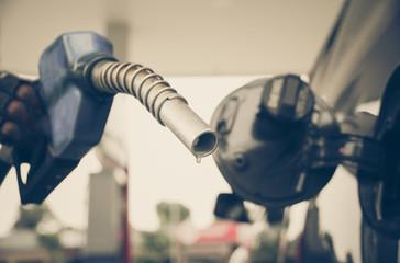 Hand holding a Fuel Dispenser Oil Gun