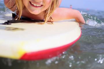 girl bodyboarding