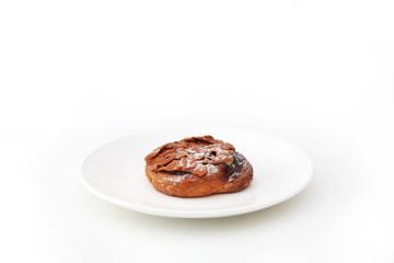 フロランタン アーモンド ナッツのパイ タルト ケーキ お菓子 白背景