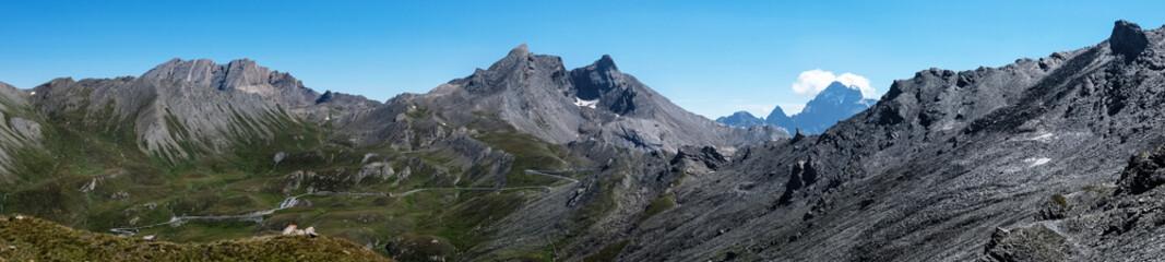 Photo sur Plexiglas Gris Photo de paysage panoraminque de haute montagne et de chemins de randonnée dans les alpes
