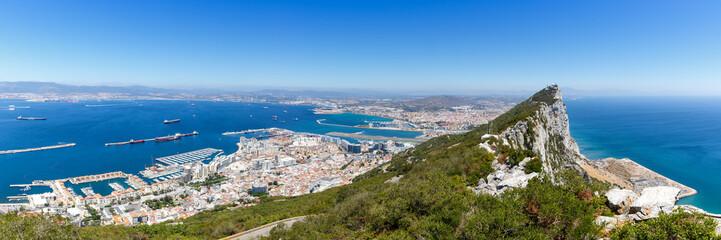 Gibraltar Panorama Affenfelsen Felsen Fels The Rock Hafen Meer Mittelmeer Übersicht Stadt