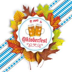 Oktoberfest Etikette mit Herbstlaub und Bändern in bayerischen Farben