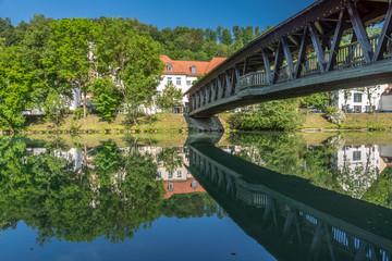 Sebastianisteg über der Loisach in Wolfratshausen