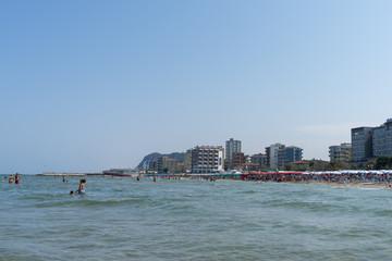 spiaggia del mare  adriatico