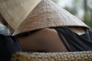 Schlafende Vietnamesin im Mekong Delta