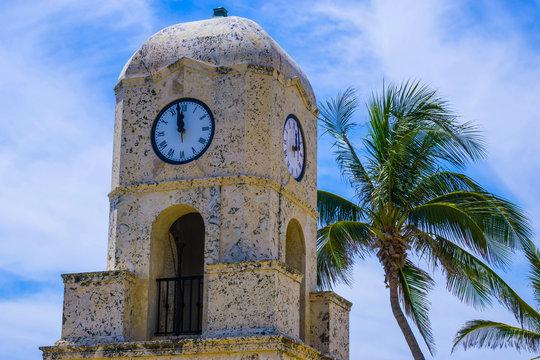 Palm Beach, Florida, USA. The clock tower on Worth Ave