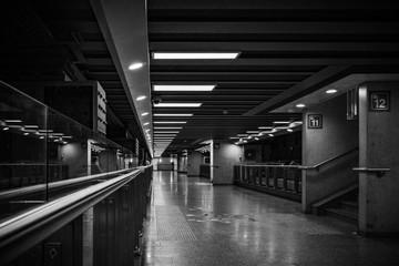 Corridor station