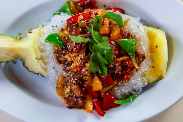 Pineapple with rice noodle and pork
